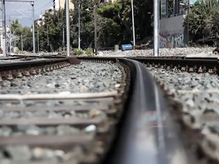 Φωτογραφία για Ελληνικός Σιδηρόδρομος «ώρα μηδέν»: Απαρχαιωμένο δίκτυο και έλλειψη προσωπικού.