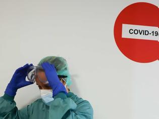 Φωτογραφία για Καμπανάκι από Βρετανούς επιστήμονες: Πιθανή νέα μετάλλαξη που θα σκοτώνει έναν στους 3 που μολύνεται