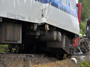 Φωτογραφία για Τσεχία: Σύγκρουση τρένων με δυο νεκρούς και δεκάδες τραυματίες.