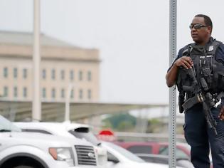 Φωτογραφία για CNN: Ένας νεκρός αστυνομικός μετά τους πυροβολισμούς έξω από το Πεντάγωνο