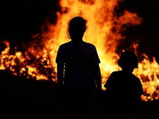 Φωτογραφία για Πώς να μιλήσουμε στα παιδιά για τις φωτιές