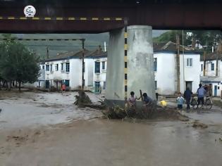 Φωτογραφία για Βόρεια Κορέα: Κινητοποιείται ο στρατός για την αποκατάσταση των ζημιών από τις σφοδρές βροχοπτώσεις