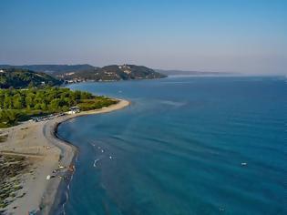Φωτογραφία για Αναστάτωση στη Χαλκιδική: Ακατάλληλη για μπάνιο κρίθηκε παραλία στην Κασσάνδρα