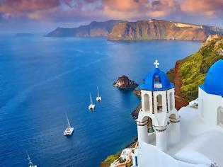 Φωτογραφία για Βραβεία FXExpress 2021: Οι Αμερικανοί ψηφίζουν σταθερά Ελλάδα -Νο1 ευρωπαϊκό νησί η Σαντορίνη