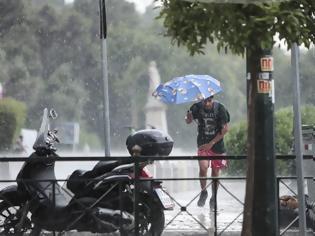 Φωτογραφία για Καιρός: Πού θα «χτυπήσουν» βροχές και καταιγίδες το Σάββατο