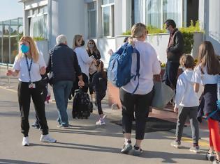Φωτογραφία για Σχολεία: Αυξημένο testing και μάσκες παντού εκτός από τη γυμναστική - Αλλάζουν τα πρωτόκολλα