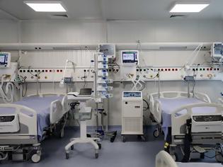 Φωτογραφία για Αγρίνιο: Χάος στο νοσοκομείο - 40 ανεμβολίαστοι γιατροί και νοσηλευτές πήραν αναρρωτική άδεια