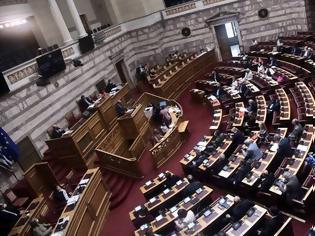 Φωτογραφία για Πέντε οι ανεμβολίαστοι βουλευτές στη Βουλή - Με αρνητικό τεστ η είσοδος στην Ολομέλεια