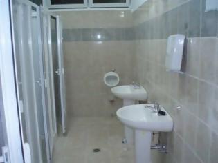 Φωτογραφία για Πόσο επικίνδυνο είναι να κολλήσεις κορονοϊό σε δημόσιες τουαλέτες