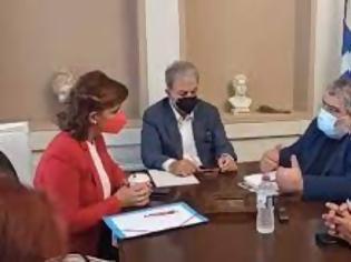 Φωτογραφία για Στην επαναλειτουργία της σιδηροδρομικής γραμμής Θεσσαλονίκη – Πτολεμαΐδα αναφέρθηκε σε συνάντηση με βουλευτές της Ν.Δ. ο Δήμαρχος Εορδαίας.