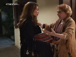 Φωτογραφία για Η Μάρω Κοντού επέστρεψε στην τηλεόραση κάνοντας την πρώτη της εμφάνιση στη Γη της Ελιάς.