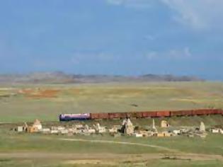 Φωτογραφία για Το Καζακστάν κατασκευάζει νέα σιδηροδρομική γραμμή στον Μέσο Διάδρομο.
