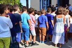 Με το «καλημέρα» 700 κρούσματα κορονοϊού στα σχολεία