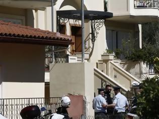 Φωτογραφία για Γλυκά Νερά: Σε κατάσταση σοκ ο ενοικιαστής της μεζονέτας - Τι εκμυστηρεύτηκε σε γειτόνισσα