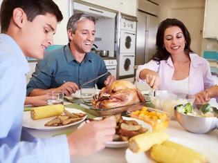 Φωτογραφία για To οικογενειακό τραπέζι σύμμαχος της υγιεινής διατροφής των παιδιών