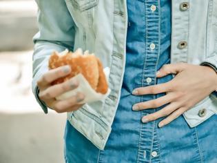 Φωτογραφία για Ένας στους δέκα ανθρώπους στον κόσμο συχνά έχει πόνους στην κοιλιά λόγω του φαγητού