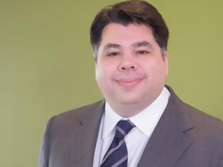 Φωτογραφία για Τζορτζ Τζέιμς Τσούνης: Ποιός είναι ο Ελληνοαμερικανός που ετοιμάζεται να αναλάβει χρέη πρέσβη των ΗΠΑ στην Αθήνα