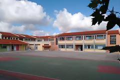 Κινητοποίηση και αποχή των παιδιών, αποφάσισε το ΔΣ του Συλλόγου Γονέων και Κηδεμόνων του 1ου Δημοτικού σχολείου Βόνιτσας.