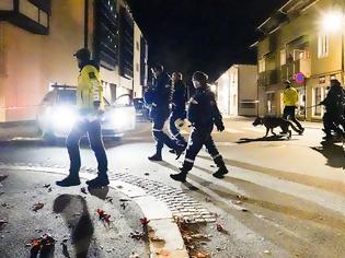 Φωτογραφία για Νορβηγία: Επίθεση τοξοβόλου στην πόλη Κόνγκσμπεργκ - Τουλάχιστον 5 νεκροί - Για 30 λεπτά στόχευε ανθρώπους