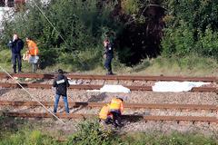 Γαλλία: «Μας πήρε ο ύπνος» – Τι λέει ο μετανάστης που γλίτωσε από το δυστύχημα με τρένο