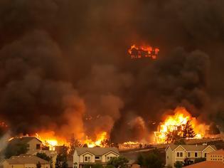 Φωτογραφία για Υπό μερικό έλεγχο πολλά πύρινα μέτωπα στο Κολοράντο
