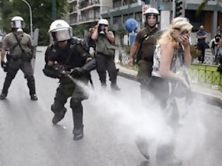 Φωτογραφία για Αστυνομική βία διαπιστώνει η Διεθνής Αμνηστία
