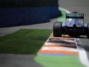 Φωτογραφία για H Mercedes πονταρει πανω στον Schumi