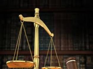 Φωτογραφία για Πιέζει τρόικα υπέρ των αυτονόητων μεταρρυθμίσεων στη Δικαιοσύνη