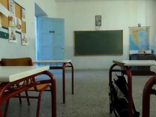 Φωτογραφία για «Κολλάνε» οι τοποθετήσεις δασκάλων και καθηγητών