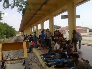 Φωτογραφία για Κεφάλαιο λαθρομετανάστευση: Σιδηροδρομικός Σταθμός Αλεξανδρούπολης