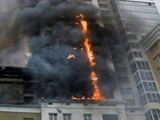 Φωτογραφία για Αυστραλία: Πήδηξε από τον 5ο όροφο και σώθηκε!