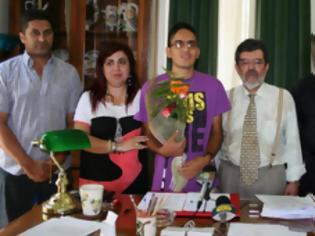 Φωτογραφία για Βραβείο στον αριστούχο τυφλό μαθητή