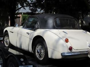 Φωτογραφία για ΑΠΙΣΤΕΥΤΟ! Βρήκε στο eBay το αμάξι που του έκλεψαν, 43 χρόνια πριν!
