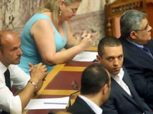 Φωτογραφία για Χρυσή Αυγή: Να σταματήσει η κρατική χρηματοδότηση στα κόμματα- Εμείς θα τα δίνουμε στους άπορους