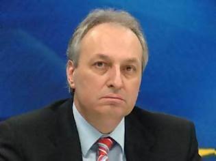 Φωτογραφία για Επίθεση δέχτηκε στη Λιβαδειά ο βουλευτής της ΝΔ Ευάγγελος Μπασιάκος