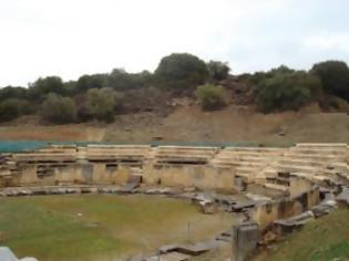 Φωτογραφία για Ήταν άρρωστος ο φύλακας και... δεν άνοιξε το αρχαίο θέατρο Μαρώνειας