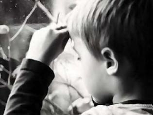 Φωτογραφία για 8χρονο αγόρι έσωσε τη μητέρα του από βιαστή
