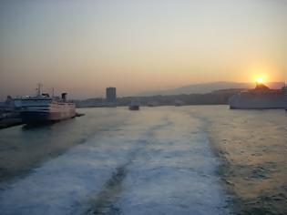 Φωτογραφία για Συνάντηση του προέδρου της δημοκρατίας με τον υπουργό ναυτιλίας και Αιγαίου