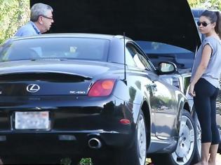 Φωτογραφία για Ποια ηθοποιός έμεινε από μπαταρία αυτοκινήτου στη μέση του δρόμου;