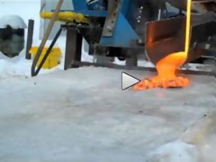 Φωτογραφία για Λάβα εναντίον πάγου: Ένα ενδιαφέρον πείραμα (Video)