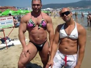 Φωτογραφία για Τι συμβαίνει στις παραλίες εκτός Ελλάδος!!! [PHOTOS]