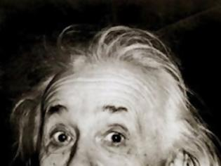 Φωτογραφία για Γιατί ο Einstein βγάζει τη γλώσσα του; - βίντεο -