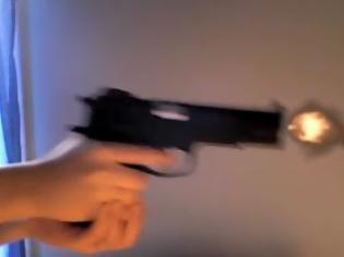 Φωτογραφία για Έβγαλαν τα όπλα οι αλλοδαπόι στη Καλλιθέα...Πόλεμος έξω από μπαρ της λεωφόρου Θησέως.(βίντεο)