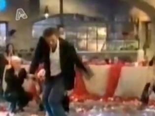 Φωτογραφία για Όταν οι επώνυμοι χορεύουν ζεϊμπέκικο..