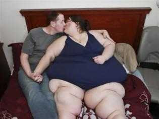 Φωτογραφία για Ντύνεται... νύφη γυναίκα που ζυγίζει 340 κιλά!