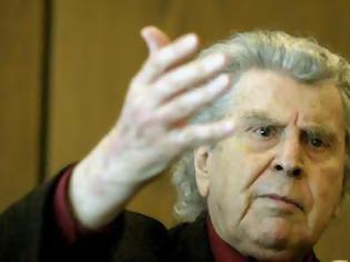 Φωτογραφία για Δεν κατεβαίνει στις εκλογές ο Μίκης Θεοδωράκης