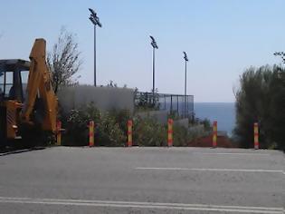 Φωτογραφία για Αυθαιρεσίες στην παραλία Αγ. Δημητρίου