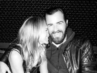 Φωτογραφία για H Jennifer Aniston έχει ξοδέψει 500.000 δολάρια σε δώρα για τον αγαπημένο της