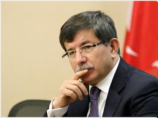 Φωτογραφία για Ο Νταβούτογλου θέλει κράτος για 150 χιλιάδες Τουρκοκυπρίους, αρνείται όμως το δικαίωμα αυτό σε 20 εκατομμύρια Κούρδους και ασχημονεί εναντίον της Ε.Ε. και του Ελληνισμού!