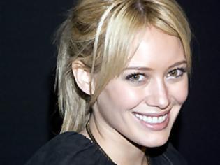 Φωτογραφία για Ευτυχισμένη μητέρα η Hilary Duff